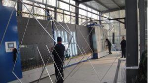 縦の自動二重ガラスのガラス機械か二重ガラスのガラス生産ライン
