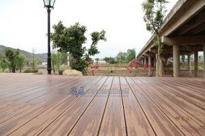 木製のプラスチック合成のボードに床を張る屋外の防水WPCのDeckingのよい価格