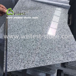 床の敷物のための経済的なG603ポーランドの薄い灰色の花こう岩のタイル