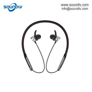 防水卸売のユニバーサル人間の特徴をもつ耳の磁石の無線Bluetoothのヘッドセットのイヤホーン