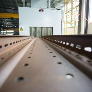 Dust Collector를 가진 H Beam를 위한 Mayflay Passed 세륨 & Environmental Roller Conveyor Shot Blasting Machine