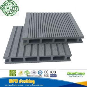 屋外の木製のプラスチック合成物WPCのDeckingの床