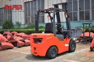 Китай индивидуальные 1,5 тонн дизельного двигателя вилочного погрузчика производителей