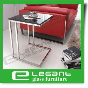 Het moderne Kristal van de Stijl dat om de Koffietafel van het Glas wordt aangemaakt die met de Zwarte Mat Geschilderde Basis van het Ijzer wordt geplaatst