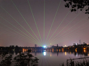 30W屋外の防水RGB移動ヘッドレーザー光線