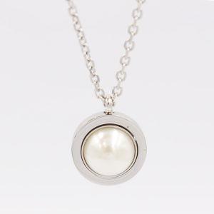 Haut de gamme de bijoux en acier inoxydable de qualité ordinaire Pendentif ronde avec collier de perles, Hln1015