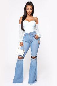 Étourdi pendant des jours Flare Jeans - Laver moyenne