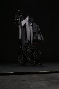 36V/300W 2 바퀴 리튬 건전지 전기 소형 Foldable 스쿠터 (BN210A)