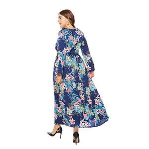 脂肪質の女性のためのプラスのサイズの大きいヘムの長い服