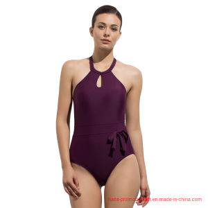 Venda a quente personalizado desgaste de natação mulheres Serrote Halter Casquilhos inteiriços, calções de banho