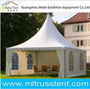 De hete Tent van de Tuin Saled voor zich het Verzamelen van de Familie (ML162)