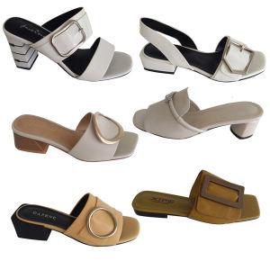 Pierre acrylique colorés dessus pour les sandales avec des pierres de boucle du caisson de nettoyage