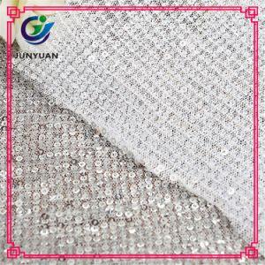 Tessuto 100% di maglia del merletto del poliestere per i vestiti di modo