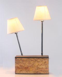 自然な木カラー2つのヘッドが付いている木の基礎卓上スタンド+白いTcの陰、家具またはLighting/LEDの照明/Lamp/Decoration/ LED/Bulb/Tripod/