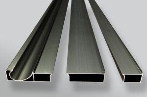 Aufbau-Aluminiumprofil-Strangpresßling der Herstellungs-6063 T5 für Windows und Türen