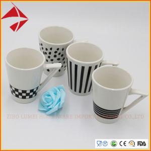 V Tasse à café de forme en entonnoir Tasse en céramique/tasse à café tasse à café en porcelaine 4PCS Set