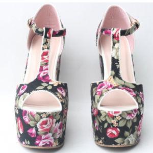 2018 Beau design Femmes chaussures de mariage haut talon