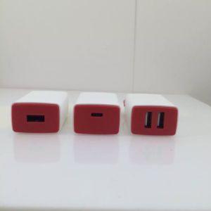 EUのプラグ二重USB旅行充電器の壁の充電器USBの充電器
