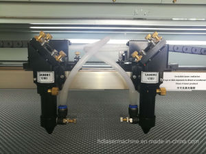 직물 직물 가죽을%s 두 배 맨 위 이산화탄소 Laser 절단기