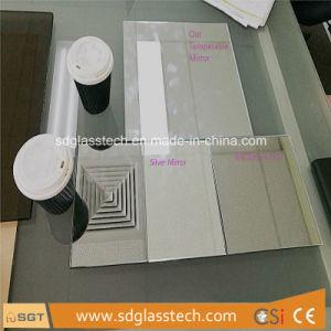 6mmの低い鉄はホテルの浴室の安全ミラーToughenableによって映されたガラスMirastarを強くした