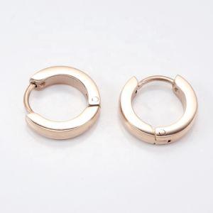 2020 Новые поступления в минималистском стиле моды украшения Роуз ювелирных изделий из нержавеющей стали с золотым покрытием Huggies серьги для женщин
