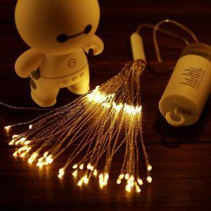 電池式のハングの豆電球クリスマス、テラスの照明のための120のLED DIYの花束の形のStarburst軽い銅ストリングライト