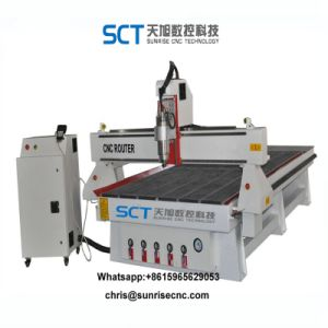 MDF Solidwood 3D CNCのルーターのための木製の打抜き機