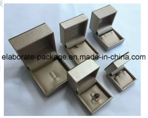 Het met de hand gemaakte Klassieke Plastic Vakje van de Gift van het Pakket van Jewerllery van de Douane van het Behandelde Document