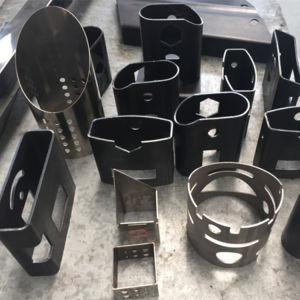 切断3~12mの管のためのCNCレーザーの管のカッター
