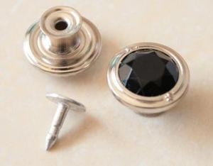 L'immagine doppia dovuta al tergitamburo d'ottone del denim dello schiocco del polo del metallo della lega della tibia dei jeans abbottona gli accessori dell'indumento (B279)