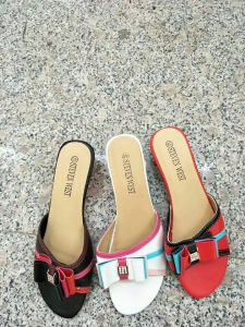 De nouveaux stocks pour les femmes de pantoufles, Mesdames/Femmes sandales, les femmes de haut talons sandales