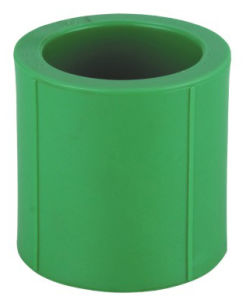 Tubos Plásticas PPR e Encaixes para Abastecimento de Água Quente e Fria