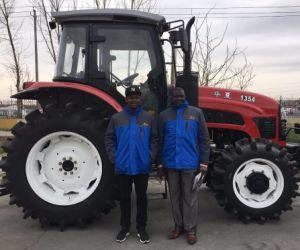80HP 90HP 100HP 120HP A/C 오두막 정면 로더를 가진 150HP에 의하여 선회되는 농업 농장 트랙터