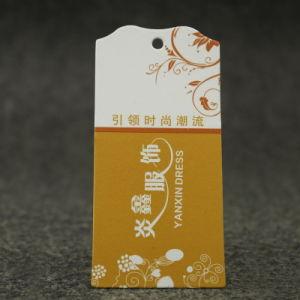 China-Form kundenspezifischer Entwurfs-PapierHangtag 2018 für T-Shirts