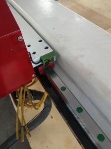 Máquina de grabado CNC giratorio para plástico/madera/acrílico/PCB/ABS