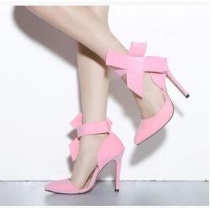 Commerce de gros a fait peu profonde de la bouche grande croix Bow haut talon fine avec le nouveau Mesdames chaussures