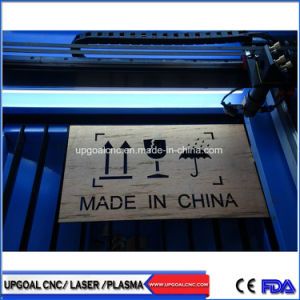 Ruida制御を用いる小さい90W 500*400mm木MDFの二酸化炭素レーザーの打抜き機