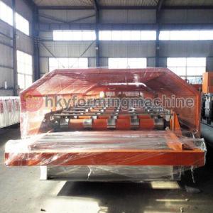 Le logo OEM personnalisés imprimés, la tuile Truck Body travail machine de formage de décisions laminé à froid du panneau de toit de métal
