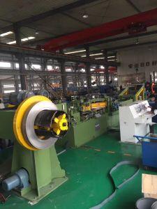 長さライン機械に切られる0.23-0.5mmのサーボモーター鋼鉄