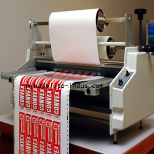 プラスチックフィルムBOPPのフィルムが付いているペーパー結束のための水の基づいたアクリルの乳剤のラミネーションの付着力の接着剤