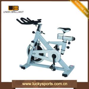 Ejercicio Fitness Instructor de Spinning bicicleta giro comercial