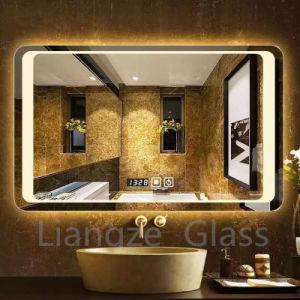Venda por grosso de banho de luz LED iluminado Retângulo espelho com relógio digital para o Hotel