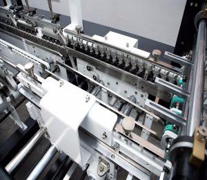 Boîte en carton ondulé automatique Making Machine (GK-650GS)