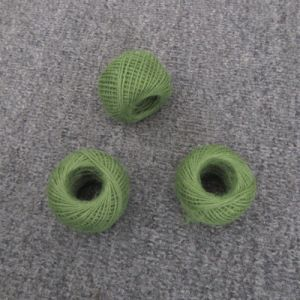 卸売は1.8mmのクラフトのための自然な麻ファブリック100%年の麻ロープを染めた