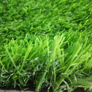 Tappeto erboso artificiale dell'erba di prezzi di uso poco costoso ambientale del giardino
