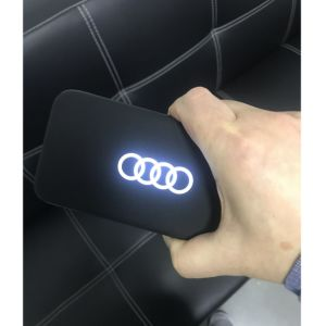Cheap OEM 5000mAh el logotipo de retroiluminación LED de alimentación móvil Banco como don