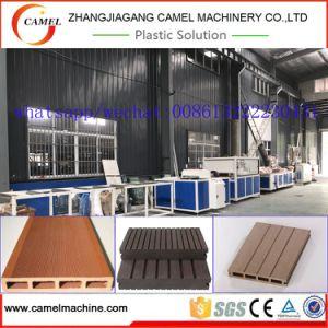 Le WPC PROFIL PVC Decking Conseil Ligne de production de l'extrudeuse/Making Machine