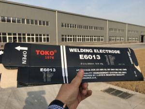 De Elektroden van het Lassen van het Koolstofstaal van het Merk van Toko Met de Deklaag van het Kalium Titania