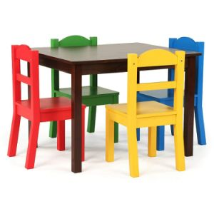 طاولة خشبيّة لأنّ [بلرووم]