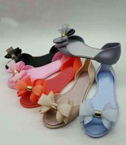 Chaussures en PVC avec Bowknot décoration, de la gelée de sandales, Summer Beach Flip Flops